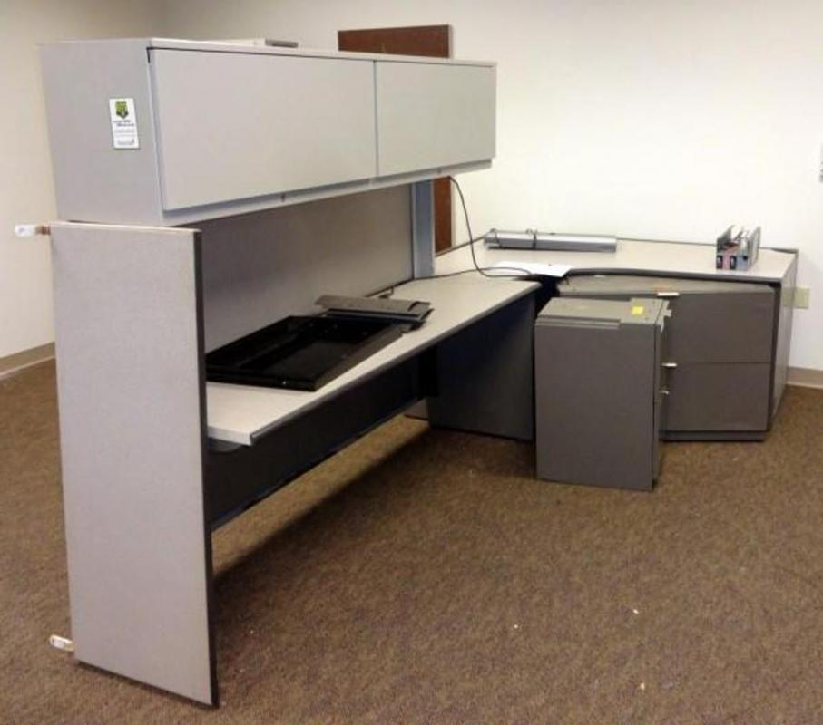 Lot 65steelcase Modular Cubicle Desk With Overhead Storage Lights 2 Drawer Lateral Filing Cabinet 2 Drawer Cabinet Pencil Tray And Backsplash 65 T X 10 L