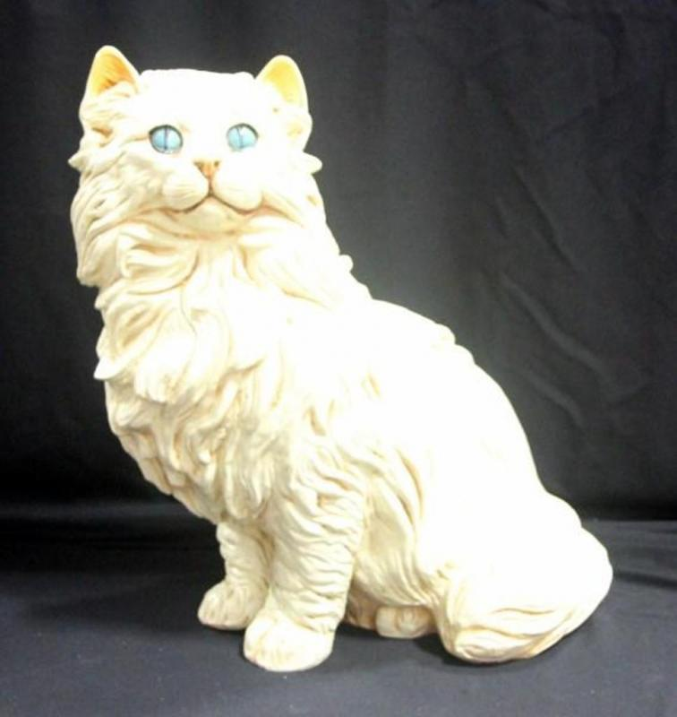 large ceramic persian cat 14 w x 21 5 h