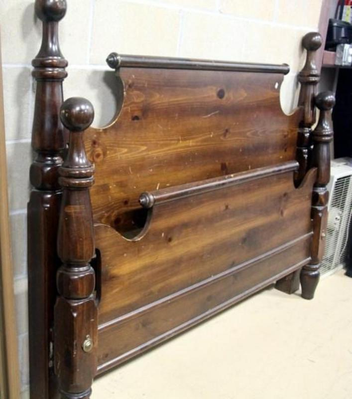 Dark Wood Queen Size Bed Headboard Footboard Rails Goes With