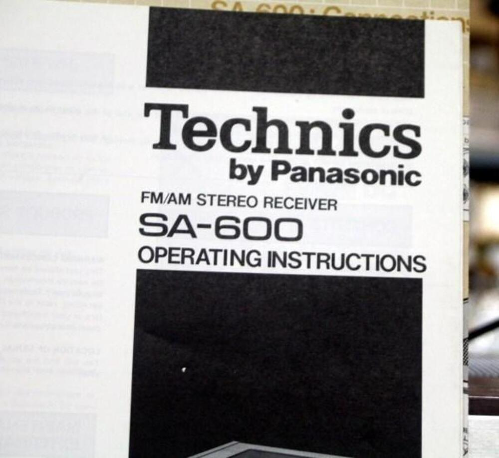Technics AM/FM Stereo Receiver SA-600 with Manual, Powers Up