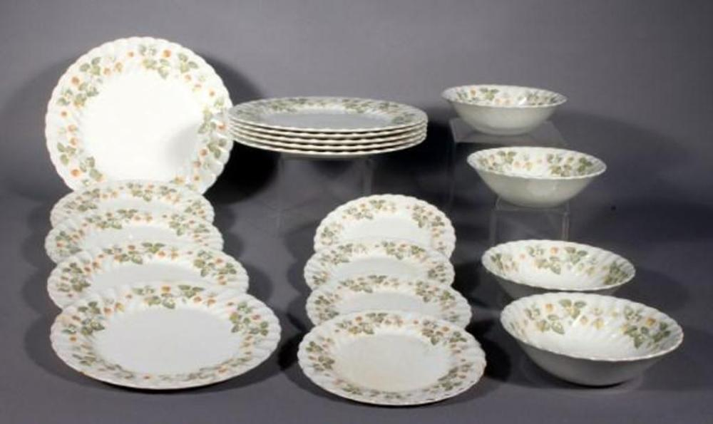 Johnson Brothers Made in England Snow White Regency China, Pattern