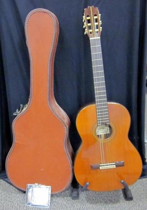 Vintage Ventura Bruno Model V 16 Acoustic Guitar Missing One String