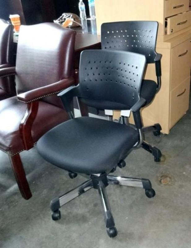 Lot 176 Of 185: Safeco Rolling Task Chair With Padded Seat, Chrome Legs,  Plastic Back, Qty 2