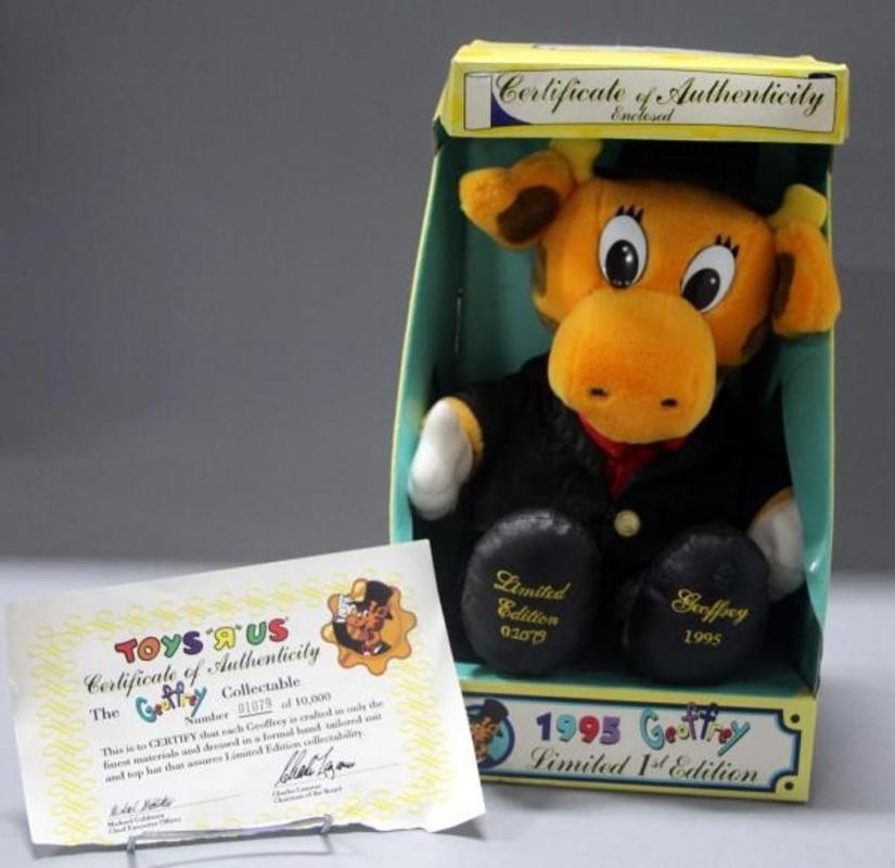 1995 Geoffrey Plush Toys R Us Limited 1st Edition Giraffe Mascot