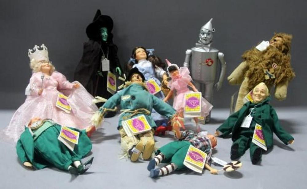 Lot 422 of 417: Hamilton Gifts Wizard of Oz Dolls- Dorothy, Scarecrow, Tin Man, Cowardly Lion, Wicked Witch, Glinda, Wizard, Lollipop Boy, Ballerina Girl, ...