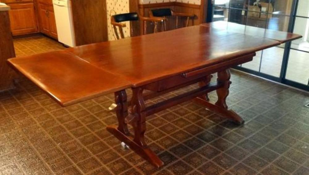 genuine cushman colonial creation hidden leaf dining room table