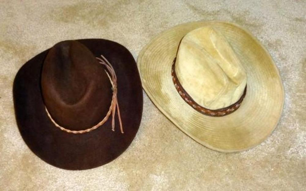 db6a5a38ea503 Lot 203 of 491  John B. Stetson and Co. 3x Beaver Cowboy Hat