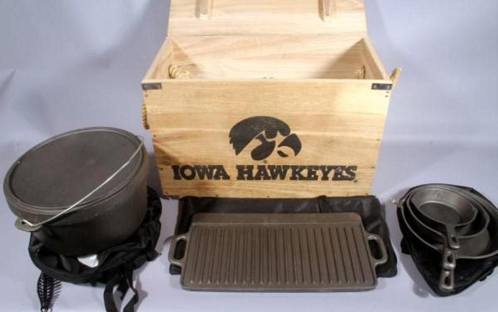 Iowa Hawkeyes Cast Iron Cookware Set With Individual Mu Covers In