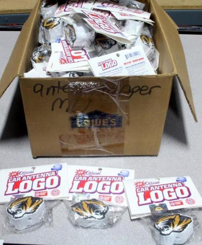 LARGE Lot of University of Missouri MU Tigers Car Antenna Toppers