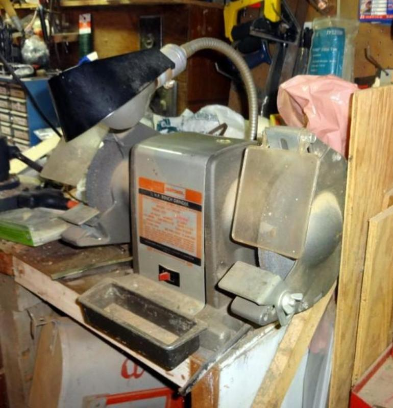 Tremendous Sears Craftsman 1 2 Horse Power Bench Grinder With Light Caraccident5 Cool Chair Designs And Ideas Caraccident5Info