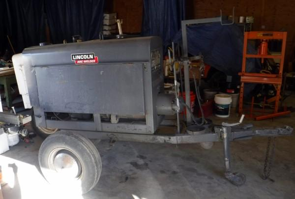 Lincoln Arc Welder Model SA-200, No Leads, Requires 2