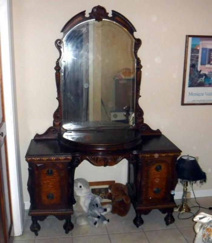 Lot 3 of 108: Antique Heavily Carved Vanity/Dressing Table With Four  Drawers, Half Moon Lift Top Storage Compartment, Beveled Mirror 70