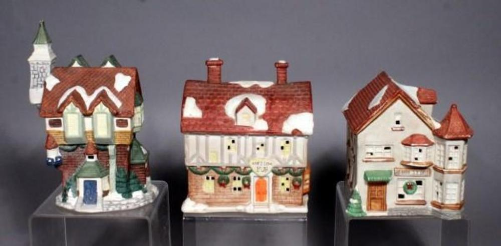 lot 319 of 425 ceramic christmas village lighted houses qty 3 6 9t does not include light source - Ceramic Christmas Houses