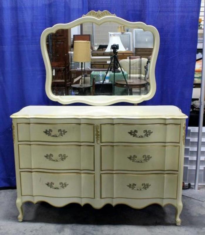 Diy Dresser Makeover The 40 Thrifted