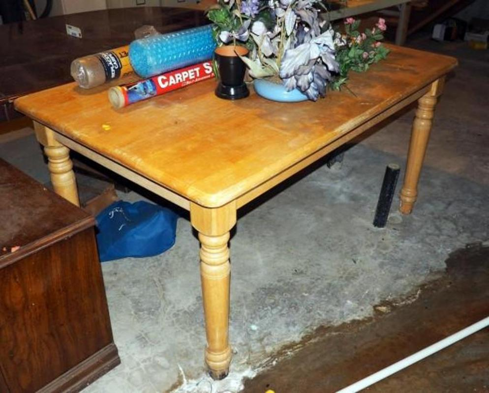 Lot 84 Of 310 Blonde Wood Dining Table W Spindle Legs 29 5 T X 36 60 D Contents Not Included Some Water Damage To