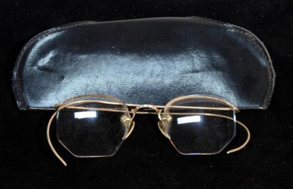 c4f52313a5a6 Lot 372 of 490  Vintage Shuron Wire-Rim 1 10 12K Gold Framed Glasses