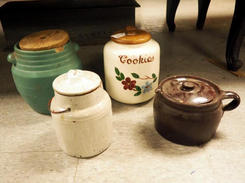 Pfaltzgraff Pottery Co. 9\