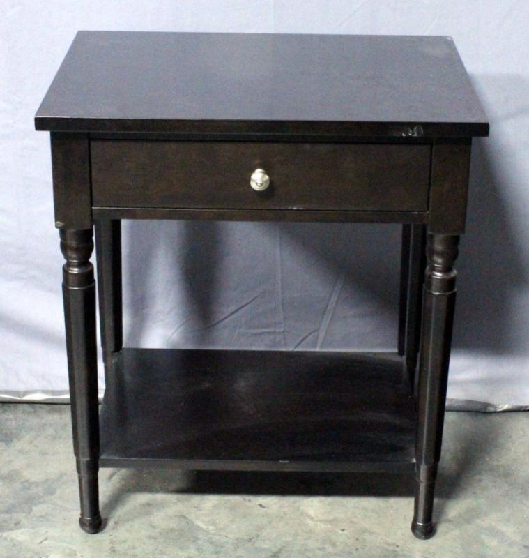 Lot 21 Of 356 Martha Signature Furniture With Bernhardt End Side Table 26 W X 30 H 18 5 D