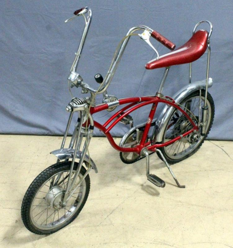 Schwinn Stingray Apple Krate Bicycle With Disc Brakes Shifter