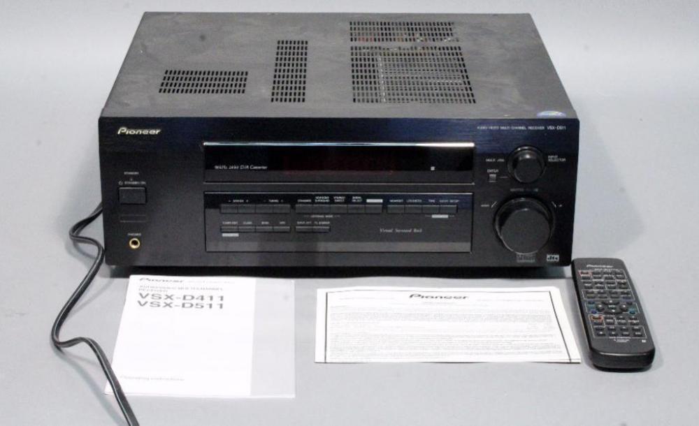 pioneer vsx d511 audio video home theater multi channel receiver rh bid auctionbymayo com Pioneer Clip Art Pioneer Clip Art
