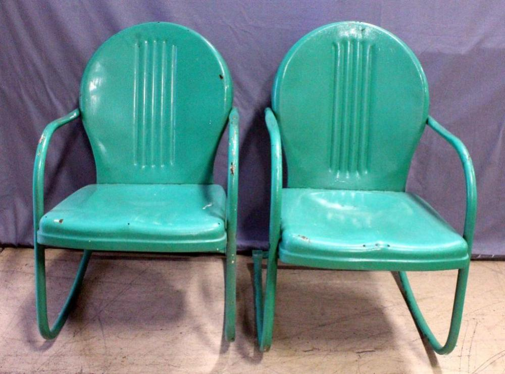 Lot 16 Of 373: Retro Metal Lawn Chairs, Rustic Outdoor Porch Furniture, Qty  2 Chairs