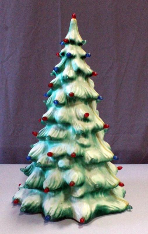 Lot 67 Of 373 Vintage Molded Plastic Celluloid Light Up Christmas Tree 19 H Missing Source
