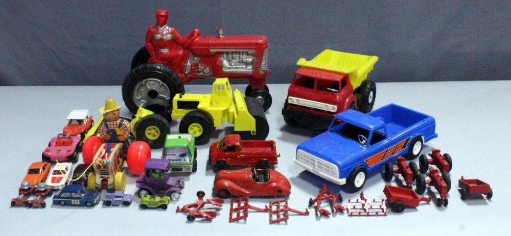 Metal Toy Tractors >> Vintage Toy Vehicles Empire 14 Tractor Fisher Price