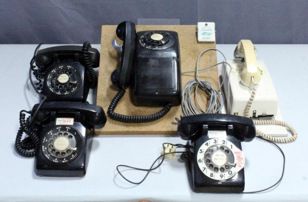 Lot 171 Of 373 Vintage Telephone Rotary Dial Phone Collection Qty 5 Western Electric Bell Systems Standard 2 Wall Phones 3 Desk