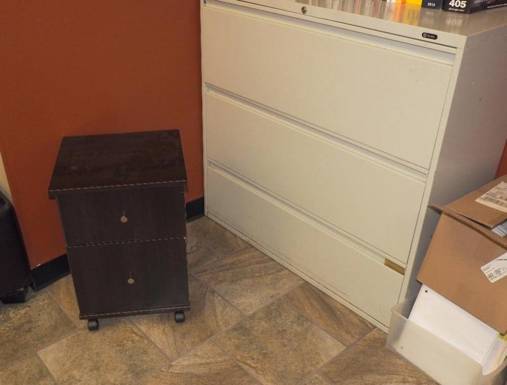 Lot 23 Of 107: Global 3 Drawer File Cabinet, And 2 Drawer Rolling File  Cabinet