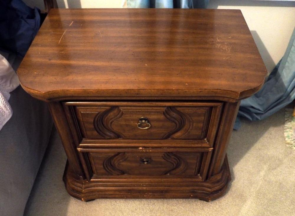 Lot 151 Of 321 Thomasville Furniture Industries Vintage Nightstand 23 5 H X 27 W 18 D