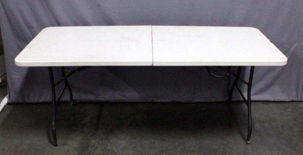 6 Foot Plastic Centerfold Table With Carry Handle