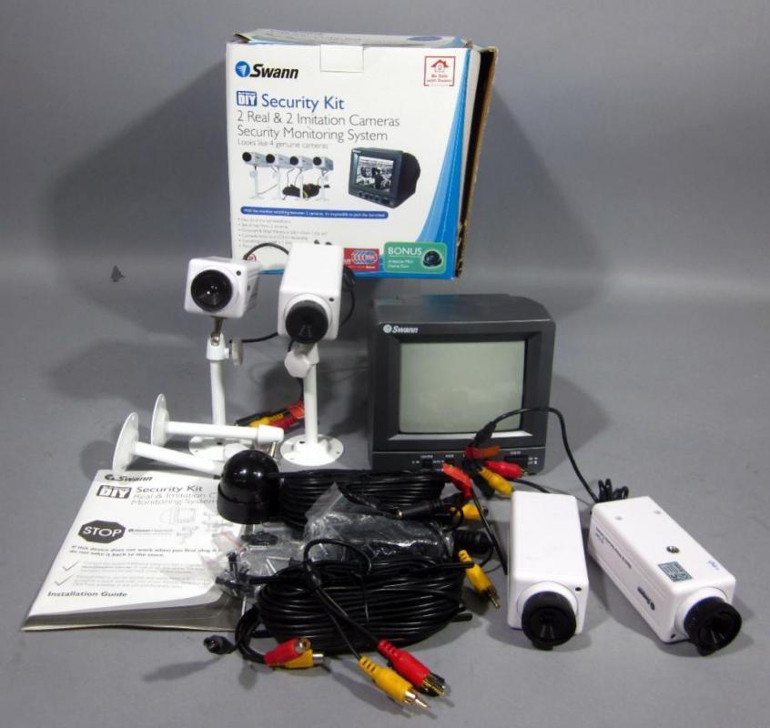 Swann diy security kit 2 real cameras 2 imitation cameras and lot 35 of 392 swann diy security kit 2 real cameras 2 imitation cameras and bonus imitation mini dome cam solutioingenieria Images