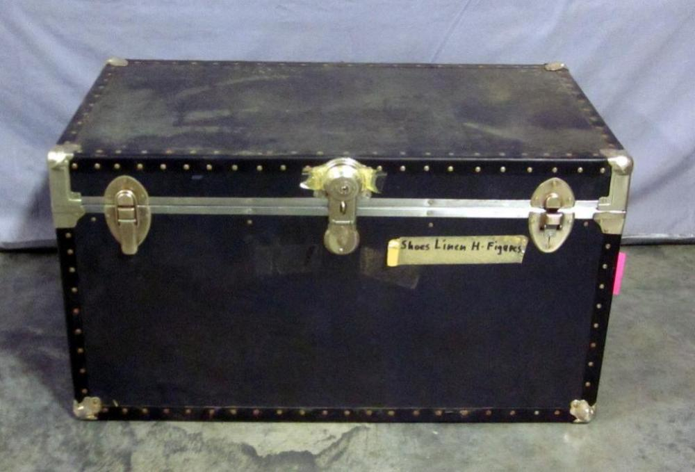 Lot 68 Of 392 Vintage Steamer Trunk With Rivetetal Accents Could Be Used As Coffee Table 36 W X 20 H D