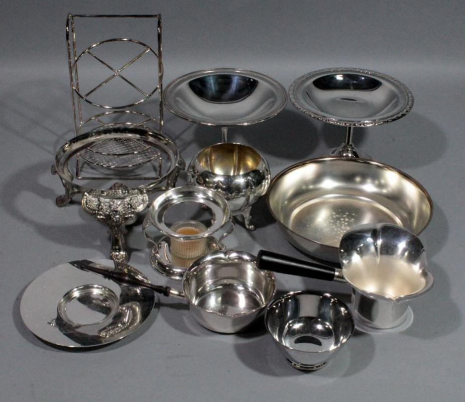 Assorted silverplate oneida paul revere chafing pan rogers bro lot 301 of 392 assorted silverplate oneida paul revere chafing pan rogers bro pedestal dishes ep ns candle chafing dish sheridan footed dish more aloadofball Choice Image