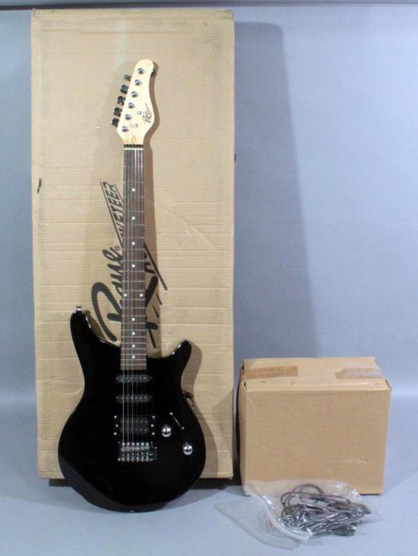 Rogue Rocketeer Rr 100pk Bk Electric Guitar Kit Includes Amp