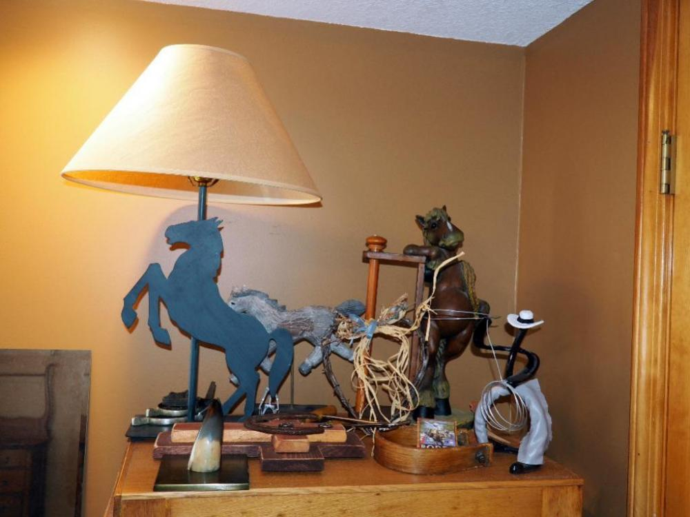 Lot 128 Of 341 Horse Home Decor Lamp Towel Rack Stirrup Cross Spurs More Contents Top File Cabinet