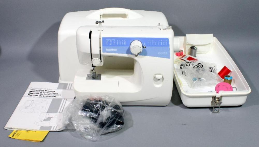 Brother LS40 Sewing Machine With Manual Pedal Sewing Notions Simple Brother Sewing Machine Ls2125