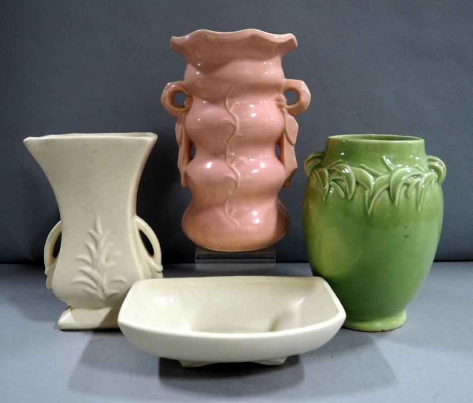 Mccoy Pottery Vases 3 And Dish Vases Range In Size From 8 9h