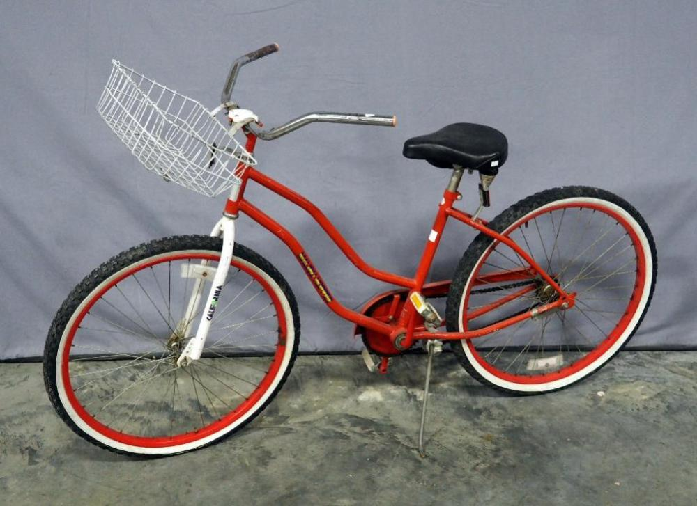 Lot 56 Of 217 Vintage Beach Cruiser Malibu Hopper Bicycle With Basket