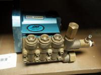 CAT Pressure Washer Pump, Model 2DX30GNS, NIB