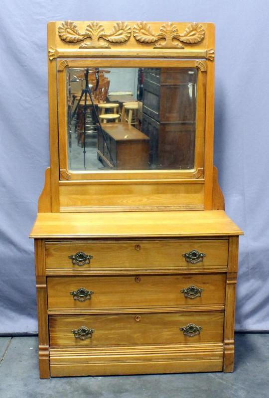 Lot 11 Of 271 Dresser With 3 Drawerirror Knapp Jointed Drawers 42 5 W X 32 H Without Mirror 76 Attached