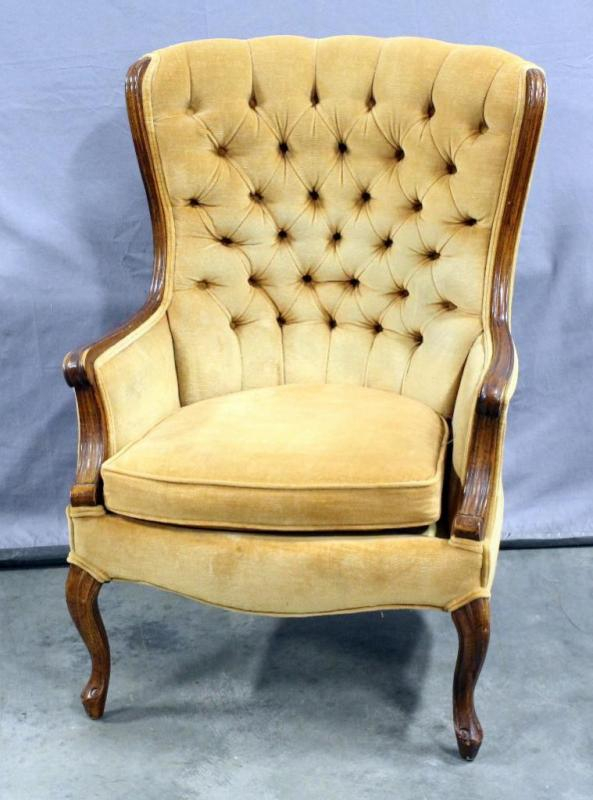 lot 30 of 271 vintage tufted wingback chair 28w x 36h - Tufted Wingback Chair