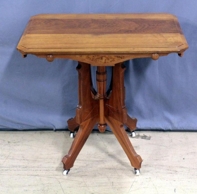 Lot 181 of 435: Antique Ohio Furniture Co Eastlake Style Pedestal Parlor  Table, Porcelain Casters, Tag Under Table Says Made for Hotel in Kansas City . - Antique Ohio Furniture Co Eastlake Style Pedestal Parlor Table