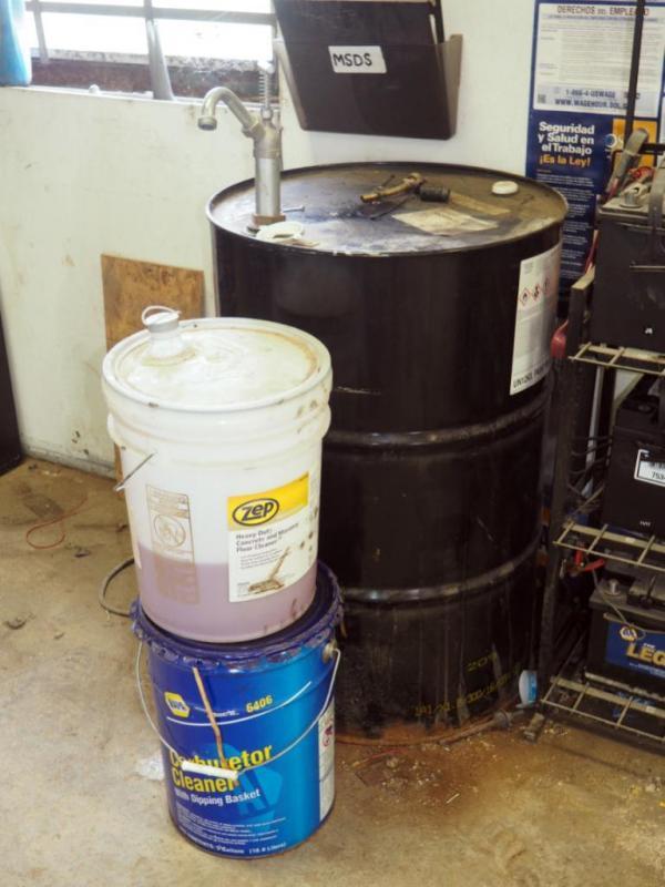 55 Gallon Drum of Non Chlorinated Dry Fast Break Cleaner ( 1/3 Full