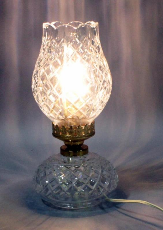 Vintage Waterford Crystal Tulip Electric Hurricane Table Lamp 13 H