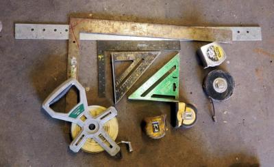 Tape Measures And Carpenters Squares, Total Qty 9