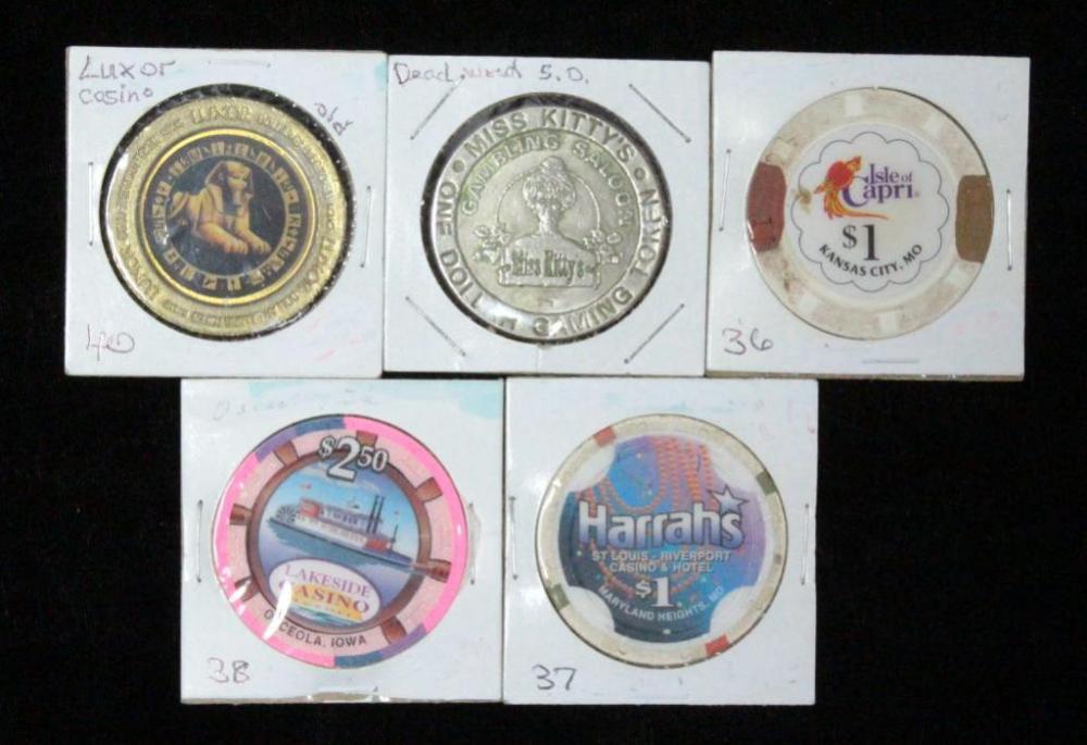 Poker Chips Qty 5, Luxor, Harrah's, Isle Of Capri, Lakeside