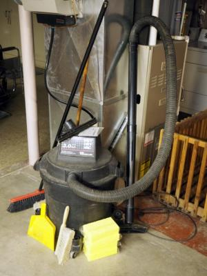 Craftsman 16 Gal Wet/Dry Vac, Including Push Brooms, Sponges And More