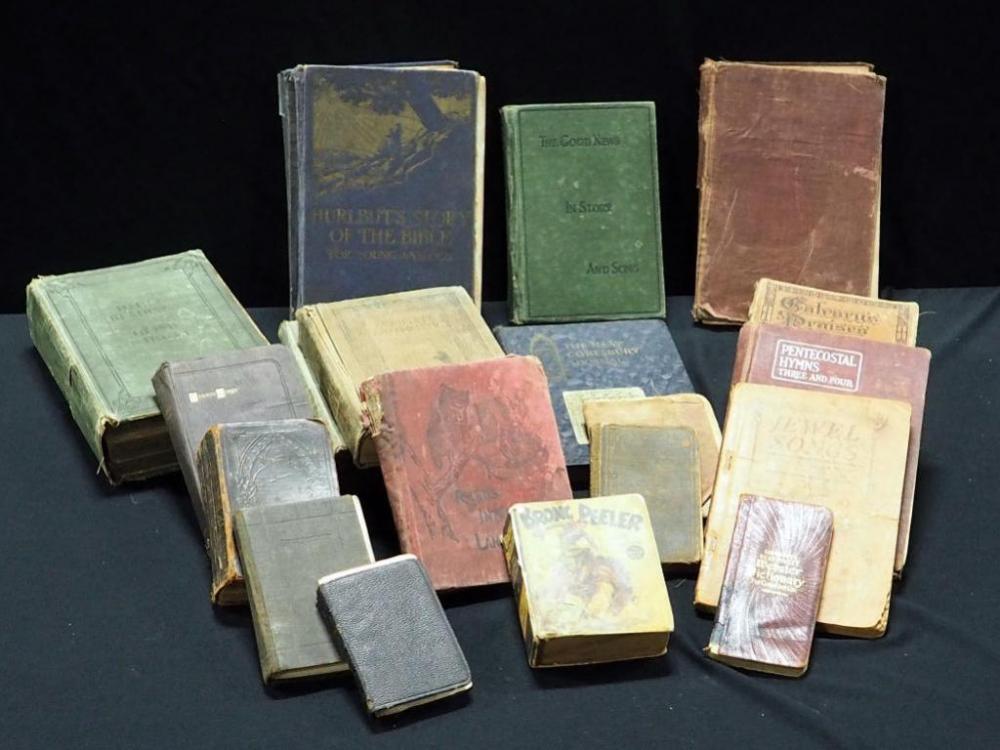 Large Assortment Of Antique Books, Bronc Peeler Big Little