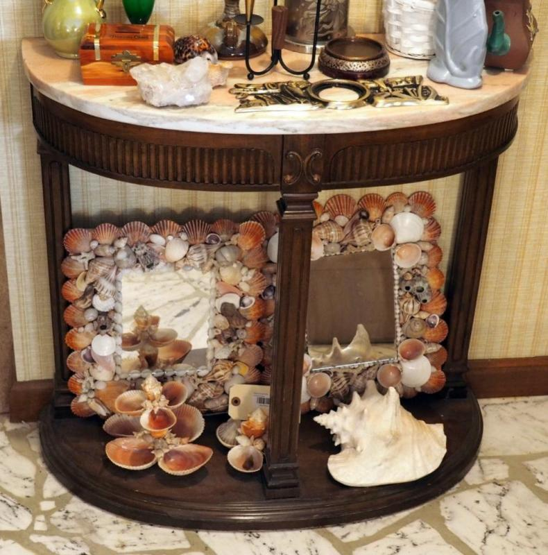 Marble Top Entry Table 28 X 31 X 12 Contents Not Included